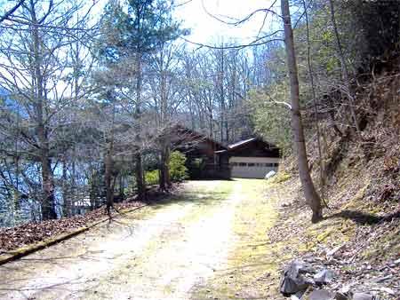 Western north carolina vacation house rentals cabin for for Winter cabin rentals north carolina
