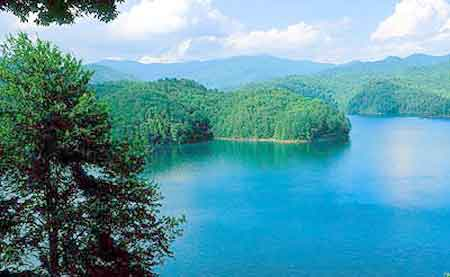 Fontana Lake Appalachian Mountains of Graham County and Swain County in western North Carolina - North Carolina rental cabins near Nantahala River